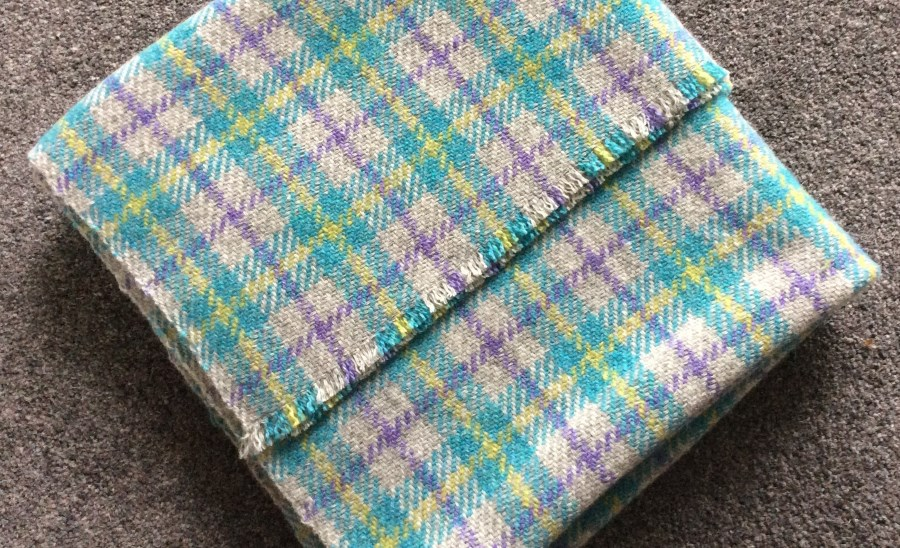 images/buy-handwoven-textiles-from-jan-beadle.jpg